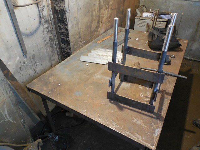 Стол для сборки анкерных блоков